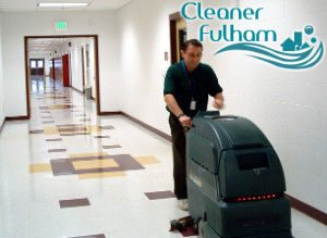floor-cleaning-with-machine-fulham